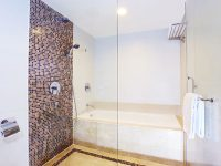 gallery-premier-deluxe-bathroom